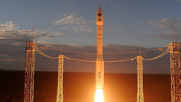 Vega: Italian Star Rocket!