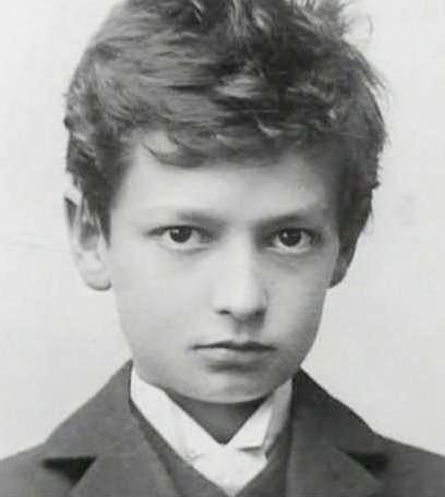 Hermann Oberth as a young boy, c. 1901