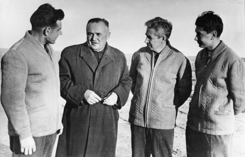 Sergei Korolev and Voskhod 1 crew Sergei Korolev (second from left) with the crew of Voskhod 1, commander Vladimir Komarov (left), engineer Konstantin Feoktistov (second from right), and doctor Boris Yegorov (right), 1964. Photo creidts: Sovfoto/Universal Images Group/Shutterstock.com