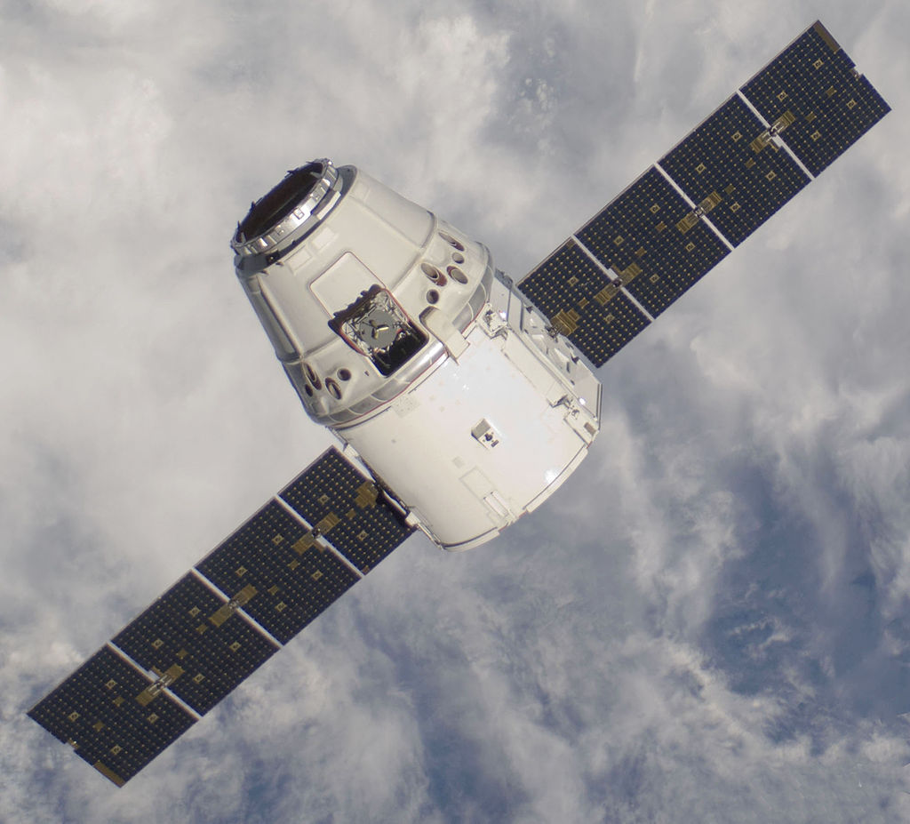 The SpaceX Dragon approaching the ISS during the C2+ mission in May 2012.